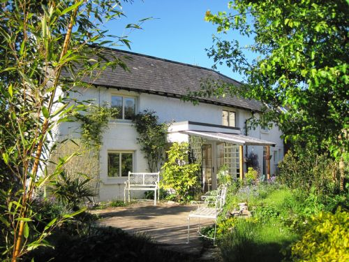 Upfront,up,front,reviews,accommodation,self,catering,rental,holiday,homes,cottages,feedback,information,genuine,trust,worthy,trustworthy,supercontrol,system,guests,customers,verified,exclusive,Springfield Cottage,image,of,photo,picture,view